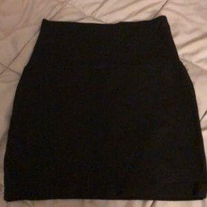 Black tube mini skirt. Size large.